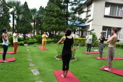 outdoor yoga session  » Click to zoom ->